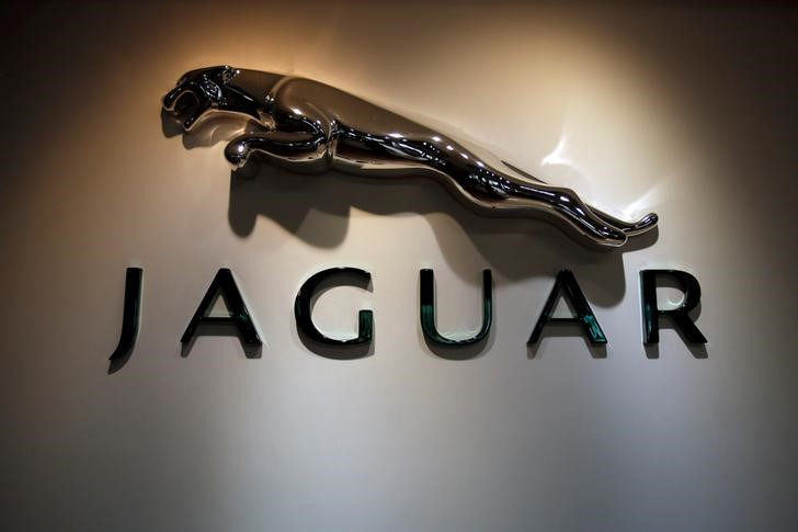jaguar-land-rover-reports-6-decline-in-2019-compared-to-2018